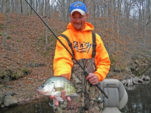 guide kyle schoenherr with deep water crappie